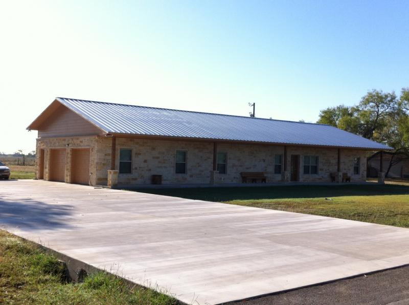 Metal building homes texas pictures to pin on pinterest for Metal houses texas